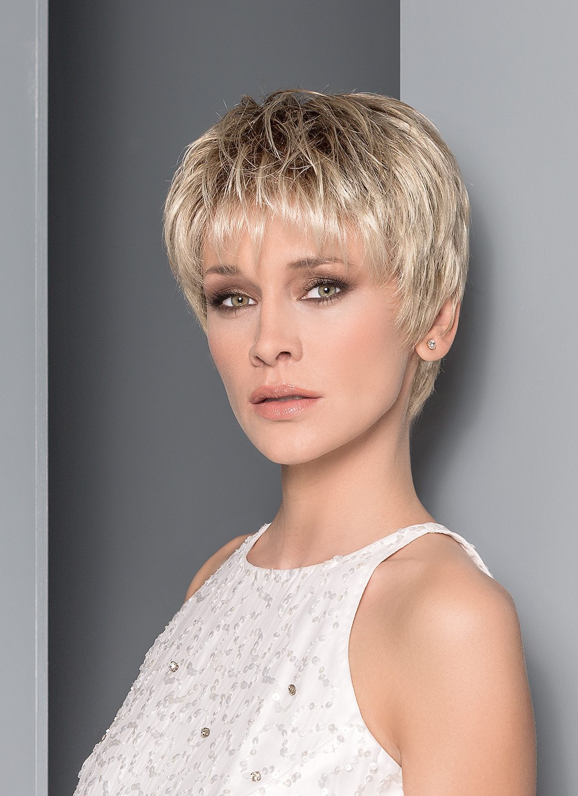Affair Wig Ellen Wille Hair Society Collection - image ew_HS_Aura_1_RGB_2017 on https://purewigs.com